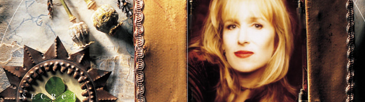 Gretchen Peters – We're live on Facebook in 3, 2, 1…